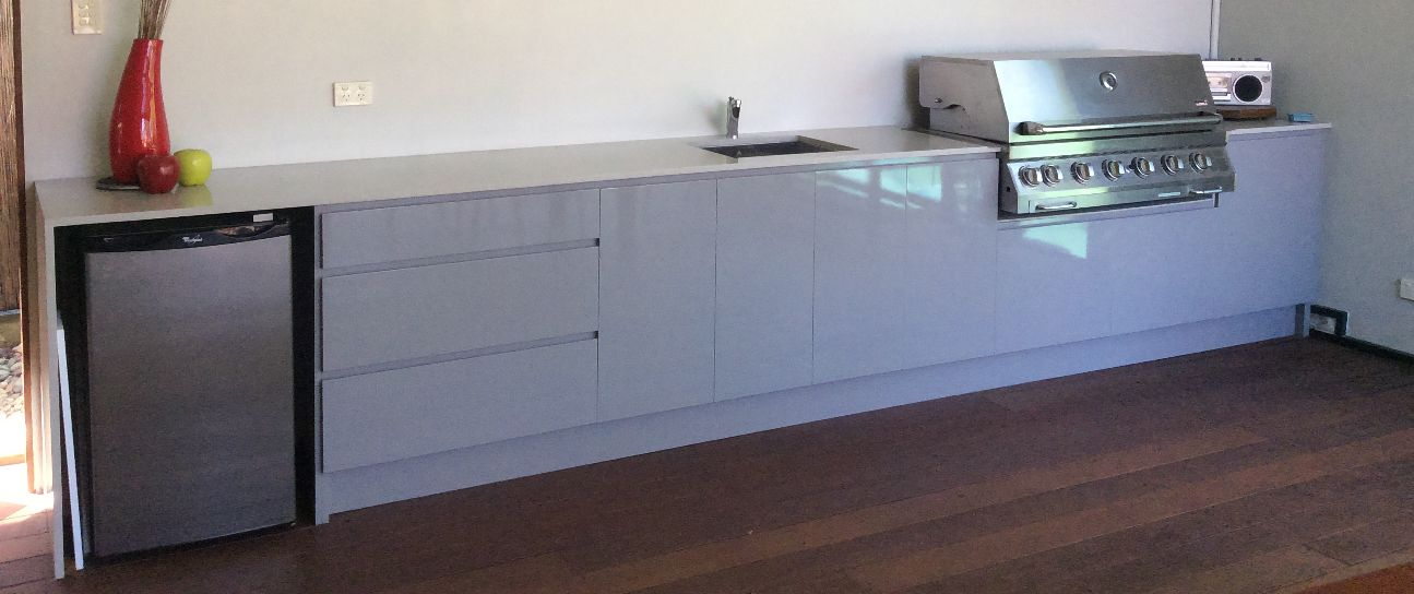 Shadowline for Flat pack outdoor kitchen